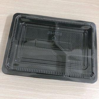 hộp nhựa 4 ngăn nắp đậy kín